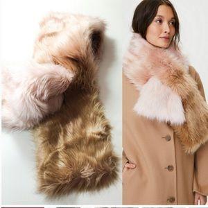 Aritzia Auxiliary Ombré faux fur scarf